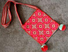 Items similar to Huichol bags, authentic, Wixarika, hikuri, free shipping worldwide on Etsy