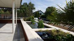 terras vijver balkon idee