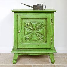 Annie Sloan Chalk Paint Antibes Green   Royal Design Studio