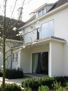 Uitbreiding en inrichting van een villa / Genk / 2005 / foto 2
