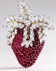 Tiffany Strawberry