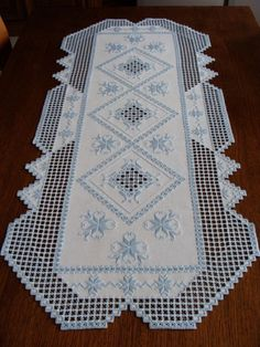 HARDANGER Embroidery - a very special TABLE RUNNER - handmade from Germany Hardanger Embroidery, Hand Embroidery, Embroidery Designs, Fabric Yarn, Table Runners, Germany, Artsy, Textiles, Handmade