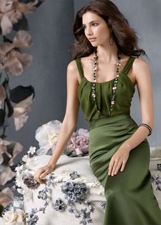 JH5927  Moss satin A-line bridesmaid gown, chiffon bodice with scooped neckline, high-waistline.