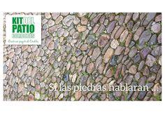 """... pero como no lo hacen, te lo decimos nosotros. Sabías que a las piedras que alfombran muchos de los Patios de Córdoba se les conoce como """"bolos""""? Algunos tienen más de 400 años y junto a otros elementos arquitectónicos y decorativos contribuyen a crear un escenario mágico. Cuando los pisas, se detiene el tiempo."""