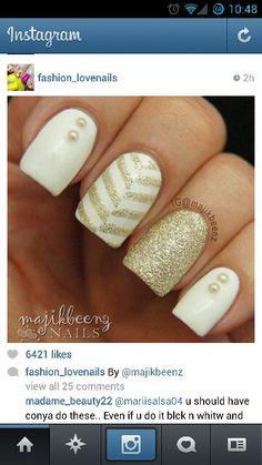 Holiday nails ! I so need these nails