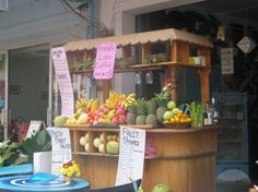 A Typical Fruit Juice Bar on The Streetside. by TravelPod Member ...