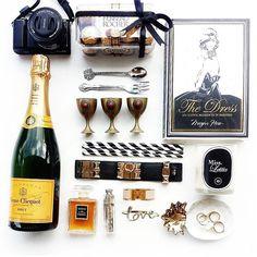 #flatlay #xmas #champagne