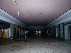 Abandoned Malls, Abandoned Places, Empty Spaces, Empty Room, Dead Malls, Am I Dreaming, Im Losing My Mind, Weird Dreams, Retro Aesthetic