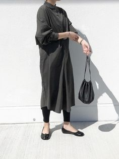 Sara Fashion, Womens Fashion, Hijab Fashion, Fashion Outfits, Denim Jacket With Dress, Minimal Fashion, Minimal Style, Japanese Street Fashion, Kurta Designs