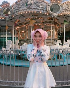 Setahunbaru: Hijab In Love With Ayana Moon Jihye Girl Hijab, Hijab Outfit, Abaya Fashion, Fashion Outfits, Womens Fashion, Islam Women, Beautiful Hijab, Harajuku, What To Wear