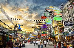 Khao San Road, Bangkok - Fantastic stopover when travelling to Koh Samui