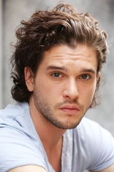 Your Boyfriend Kit Harington Just Got a Fancy New Beauty Gig from InStyle.com