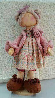 Boneca Russa/  I love her hair and her beautiful wool sweater.