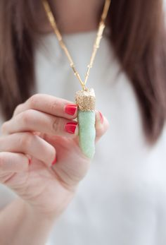 ADVENTURES IN FASHION: {DIY} Faux Crystal Pendant With Gold Leaf Detail