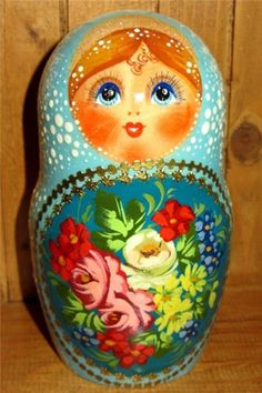 zhostovo russian nesting dolls | Today, it is called the Zhostovo Factory of Decorative Painting.