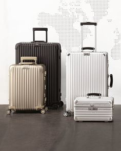 Rimowa North America Topas Stealth Luggage, Locks & Handles on Left Side Cute Luggage, Carry On Luggage, Luggage Sets, Travel Luggage, Travel Bags, Airport Luggage, Luxury Luggage, Rimowa Luggage, Best Travel Gadgets