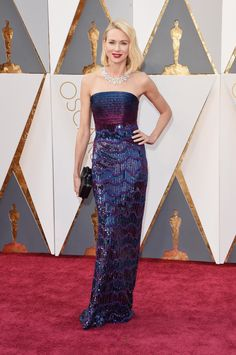 Naomi Watts in an Armani dress and Bvlgari jewellery