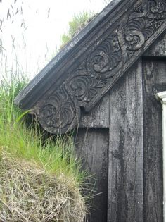 carved eaves detail of an Icelandic burstabær. i don't know whether to post this on my dream home, history, or magic! WHY AREN'T ALL HOUSES LIKE THIS!?