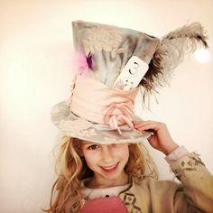 A Mad Hatter! DIY