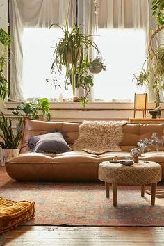 Boho Living Room, Living Room Sofa, Living Room Decor, Bedroom Decor, Earthy Living Room, Bedroom Plants, Cozy Bedroom, Teen Bedroom, Dream Bedroom