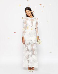 Tendance Robe du mariée 2017/2018  ASOS Bridal Lace 3D Floral Fishtail Maxi Dress