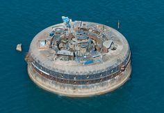 Solent Forts, England - Coming soon! Identical in size to No Man's Fort, Horse Sand Fort will allow guests to enjoy the beauty of this ancient monument, largely untouched and in its original state. Visitors will be able to see the original gun carriages, shell stores, armour plated walls, 100 chambers and living quarters, providing a dramatic and vivid slice of our island's remarkable history for schools, universities and all those eager to delve into the past.
