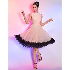 Homecoming Cocktail Party/Homecoming/Holiday Dress - Pearl Pink Plus Sizes A-line Bateau Knee-length Chiffon – USD $ 75.99