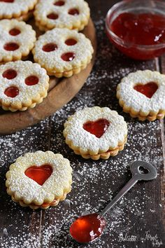 Italian Butter Cookies, Italian Cookie Recipes, Italian Desserts, Christmas Desserts, Christmas Baking, Biscotti Cookies, Pizza Cookies, Cookies Et Biscuits, Sweet Recipes