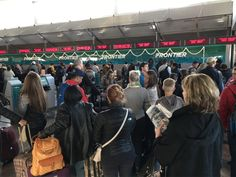 Frontier passengers spend 5 hours on tarmac, others wait overnight for luggage
