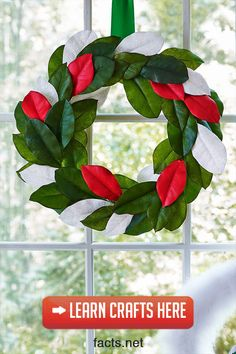 These merry and modern DIY Christmas wreaths will throw a creative curveball into the traditional holiday mix this year. Christmas Trivia, Easy Christmas Crafts, Christmas Decorations To Make, Simple Christmas, Christmas Tree Ornaments, Christmas Wreaths, Christmas Facts, Rainy Day Crafts, Classic
