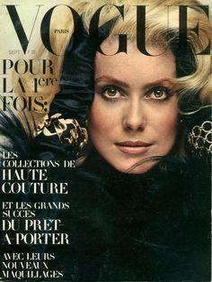 Catherine Deneuve en couverture de Vogue n°509 de septembre 1970, photo Jeanloup Sieff