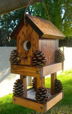 Wood Bird Feeder, Bird Feeder Plans, Bird House Feeder, Bird Feeders, Dyi Bird House, Bird House Plans, Bird Houses Diy, Building Bird Houses, Birdhouse Craft
