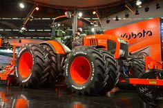 New Holland, Kubota Tractors, Compare Cars, Toyota Tundra, Heavy Equipment, Farming, Vehicles, Construction, Tractor