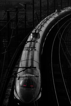 Bullet Train, shinkansen .@Jorge Martinez Martinez Cavalcante (JORGENCA)