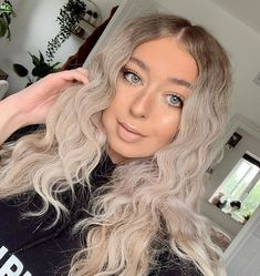 First video edit! Please tag Ana and her friends ♡ by Fan ♡ Saffron Barker, Video Editing, Hair Inspo, Hair Goals, Anastasia, Her Hair, Youtubers, Blonde Hair, Makeup Looks