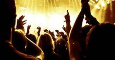 Musik, dans och glädje i Stockholm - Park Inn Sverige Free Nyc, Cruise Reviews, Travel Advice, Live Music, Other People, Stockholm, Country Music, Nashville, Carnival