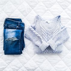 Outfit Inspiration: Cozy style. Forever New ripped skinny jeans and pastel blue knit jumper sweater. Follow @jayde_archives on Instagram.