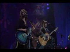 Heart - Mona Lisas & Mad Hatters (live in Seattle, 2002)sons of bankers and of lawyers~don't know if it's dark or light ~~