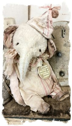 """aged & worn old summertime shabby elephant handmade by Wendy Meagher of Whendi's Bears *** Aprrox. 8"""" Tall - Antique Style aged &..."""