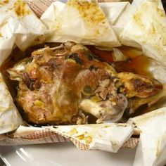 Κατσικάκι με φέτα στη λαδόκολλα Lamb Recipes, Greek Recipes, Meat Recipes, Dinner Recipes, Cooking Recipes, Tasty, Yummy Food, Easter Recipes, Fish And Seafood