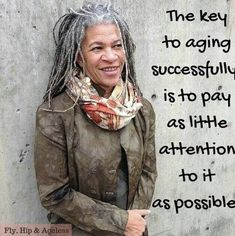 Don't pay attention to aging Dreads, Silver Grey Hair, Gray Hair, Black Hair, Advanced Style, Ageless Beauty, Going Gray, Aging Gracefully, Shades Of Grey