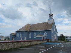 Église de Sainte-Agnès. Vue latérale / © Émilie Deschênes 2014