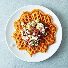 Sötpotatisvåfflor med kalkonröra | Recept ICA.se Brunch Recipes, Waffles, Food And Drink, Lunch, Dinner, Eat, Breakfast, Prom Dresses, Orange