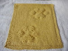 Ravelry: Kitty Prints Dishcloth by Louise Sarrazin