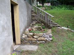 Coner Small Rock Garden Idea