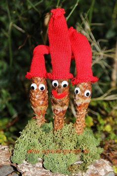 Lynhurtige koglenisser fra min blog: http://agnesingersen.dk/blog/koglenisser - Christmas Santa -Weihnachten Weihnachts - Christmas, Weihnachten, kids craft,Kinderbastelideen,Kegel, cone