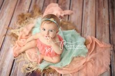 Photography Floor Drops and Backdrops Woods Photography, Toddler Photography, Photography Backdrops, Newborn Photography, Photography Tips, Photography Studios, Photography Marketing, Photography Equipment, 6 Month Baby Picture Ideas