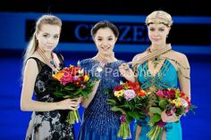 Elena RADIONOVA, Evgenia MEDVEDEVA and Anna POGORILAYA || The ladies medalists (1400×932)