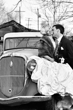 Vintage Car Wedding Image