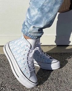 Dr Shoes, Hype Shoes, Me Too Shoes, Gucci Shoes, Louis Vuitton Shoes Sneakers, Shoes For Jeans, Luis Vuitton Shoes, Louis Vuitton Trainers, Designer Shoes Heels